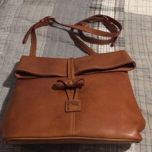 Dooney and Bourke medium  crossbody bag